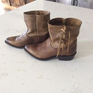 Frye ankle boots size 7